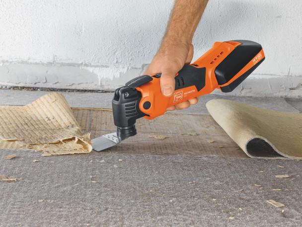 Fein Cordless MultiMaster AMM 500 Plus Top removing carpet
