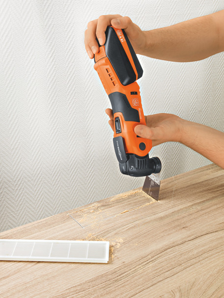 Fein cordless multimaster AMM 700 max top cutting a whole in the floor for a vent