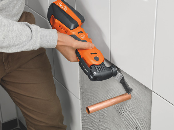 Fein cordless multimaster AMM 700 max top cutting copper pipe