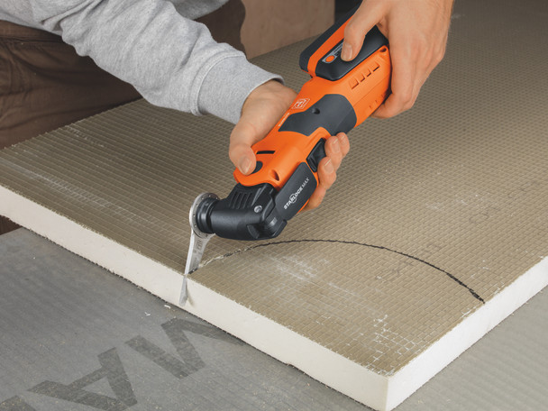 Fein cordless multimaster AMM 700 max top making perfectly round cuts