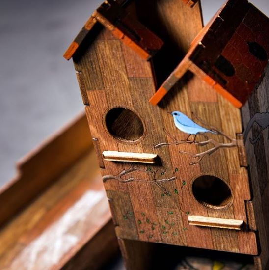 Paint your Birdhouse Dice Tower