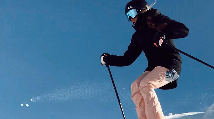 Lizzie Beck Skiing