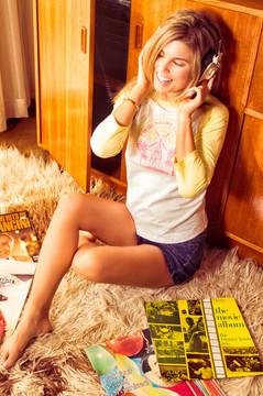 Twin Palms Radio Vintage Raglan (Yellow)