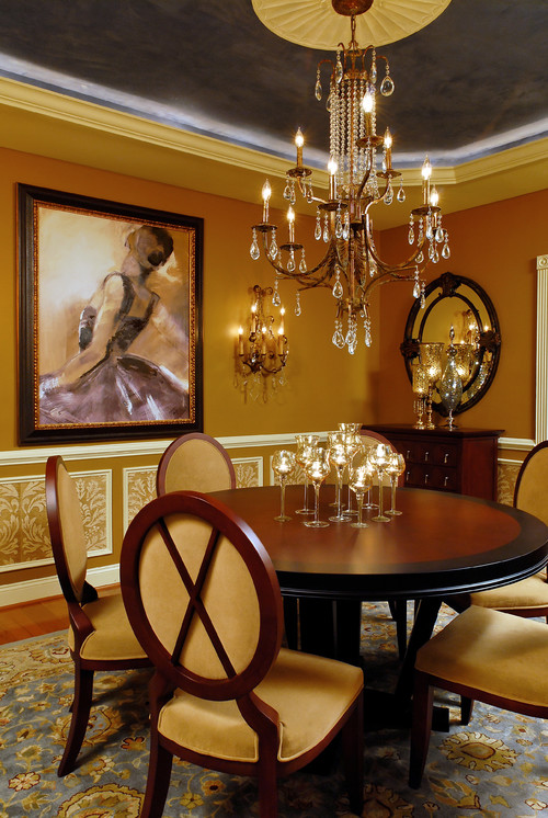 Gold Comes Roaring Back in Chic Chandeliers, Bead Curtains, and Accessories