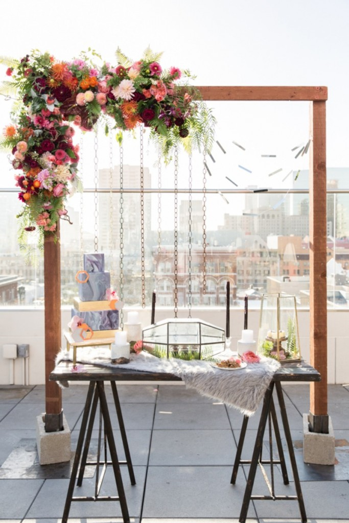 Metal Chain Curtains & Floral Backdrops
