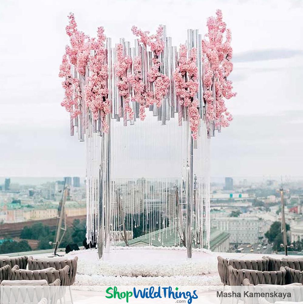 Pink, Sparkling & Fabulous Decor Set the Tone for a Luxurious European Wedding