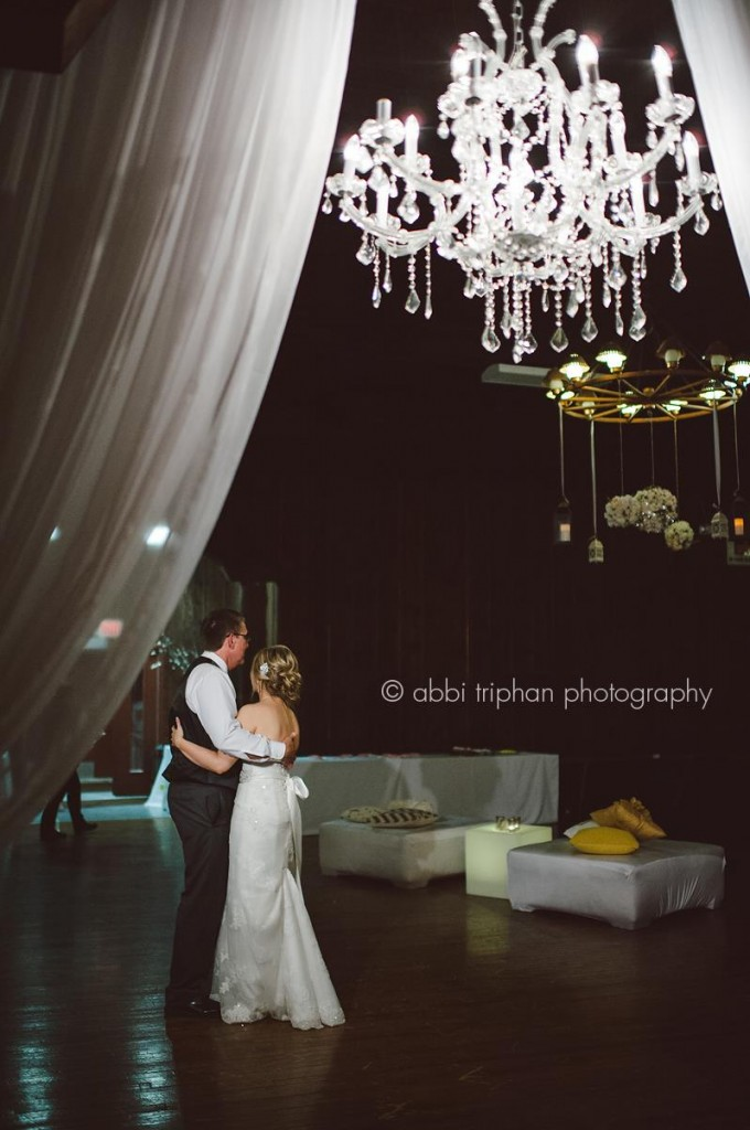 Rustic Chic Wedding | One of Our Favorite Event Designers Combines Burlap, Chandeliers & More