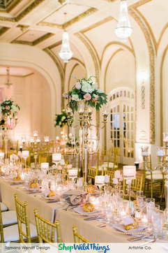 Shiny Neutrals Make Glam Reception