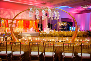 Crystal Bead Strands Add Sparkle to Centerpieces