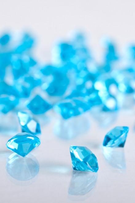 Diamond Confetti - 2000 pcs - 1 Carat (6.5mm) - Ice Blue Acrylic Diamonds