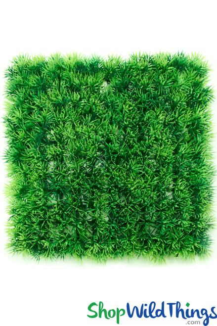 "Grassy Green Landscape Wall Mat 10 1/2"" Square"