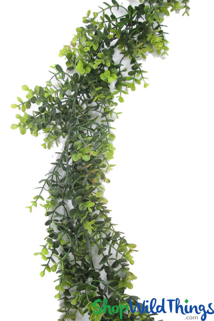 Greenery Garland - Flexible Eucalyptus Leaf Vine 5.5 Feet