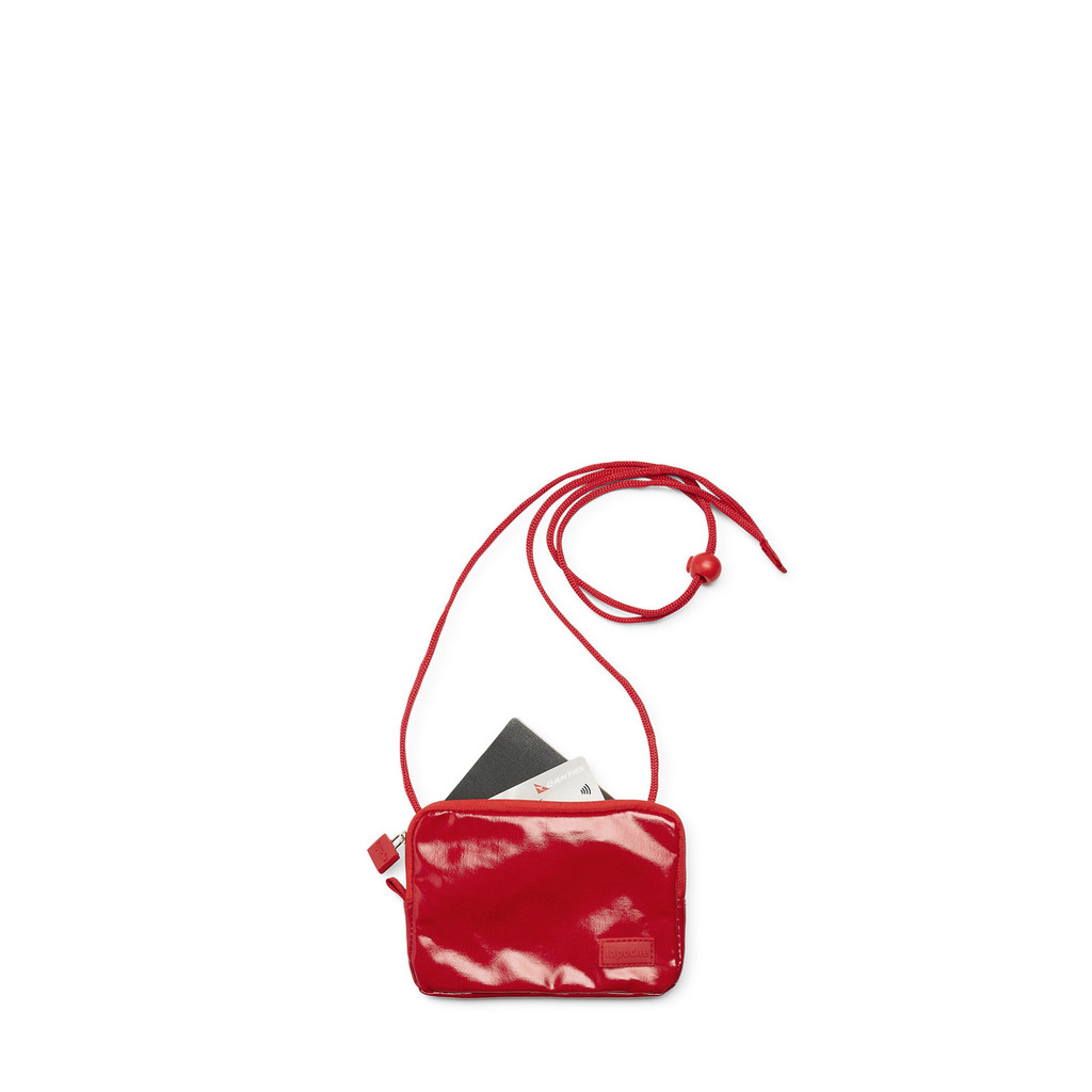 passport pouch red