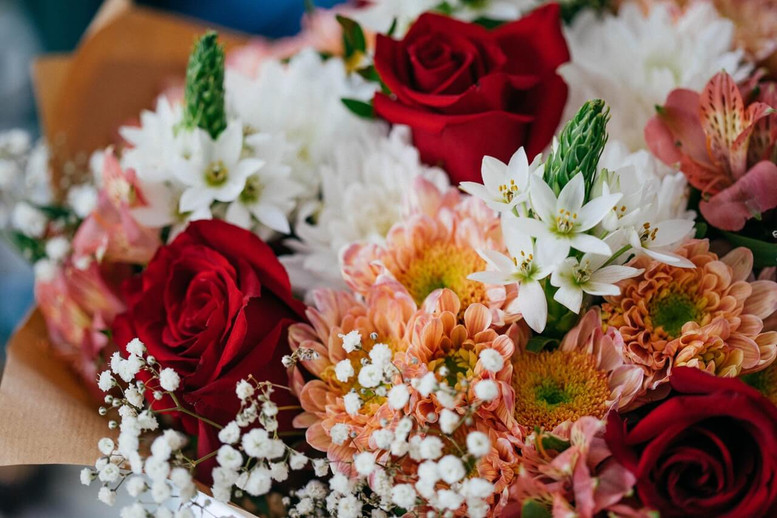 The Beginner's Guide to Arranging Flowers