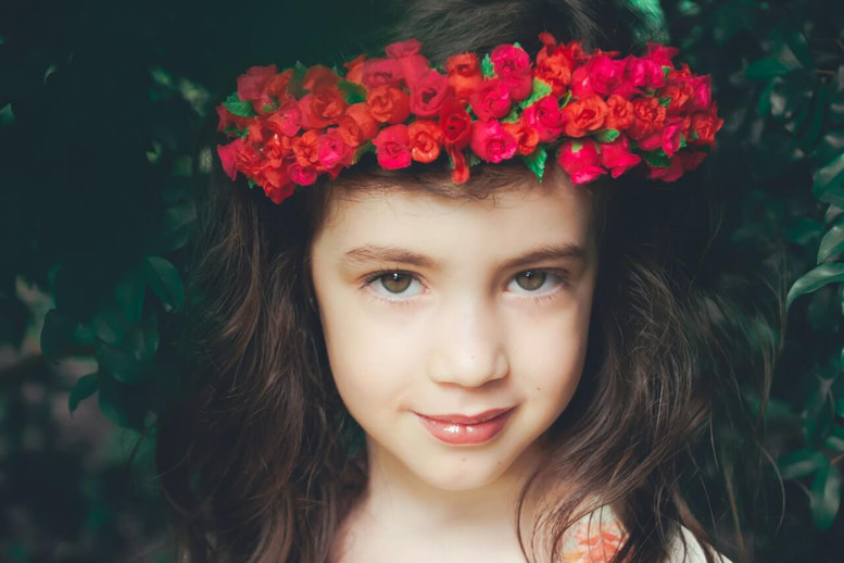 DIY Flower Crowns for Your Girl's Night Out