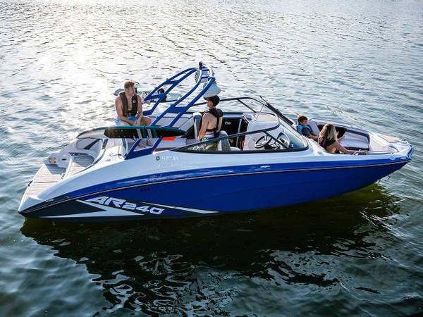 Yamaha AR240 Jet Boat