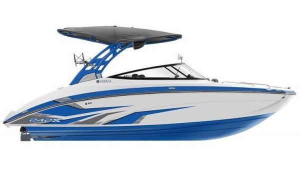 Yamaha 242XE Jet Boat
