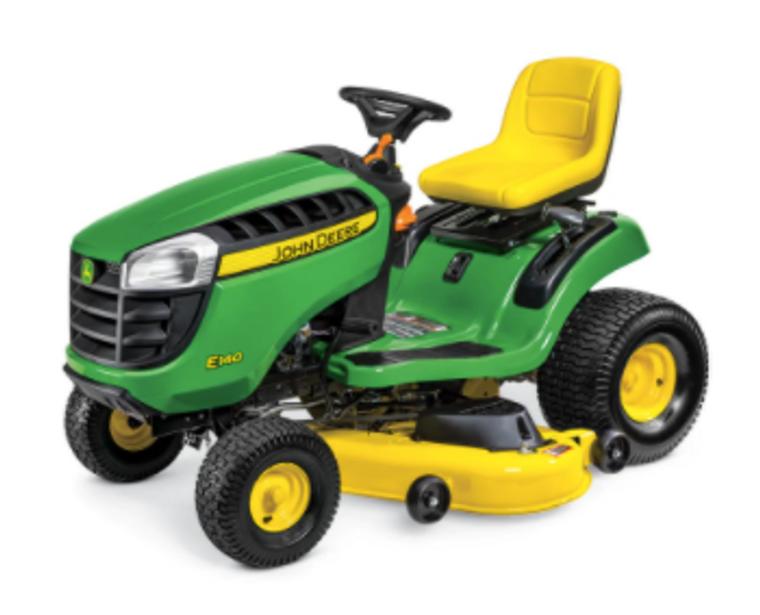 John Deere Lawn Mower Tractor (E140)