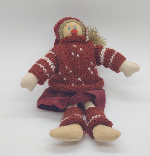 Knitted Girl  Nisse
