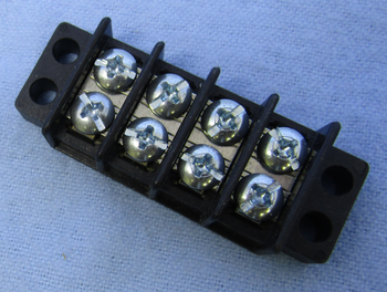 30 Amp Dual Row 4 Pole Terminal Block