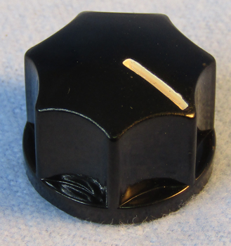 Fluted Knob 1/2in x 3/4in - 1/4in Shaft