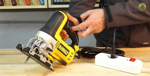 Dewalt 500W Portable Jigsaw DW349B-B5