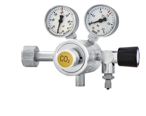 Carbon Dioxide gas regulator- 2 manometers