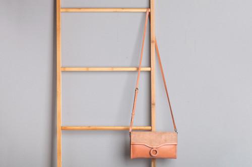 Agnes Leather Clutch Bag Buttermilk