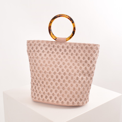 Resin Ring Woven Bucket Bag