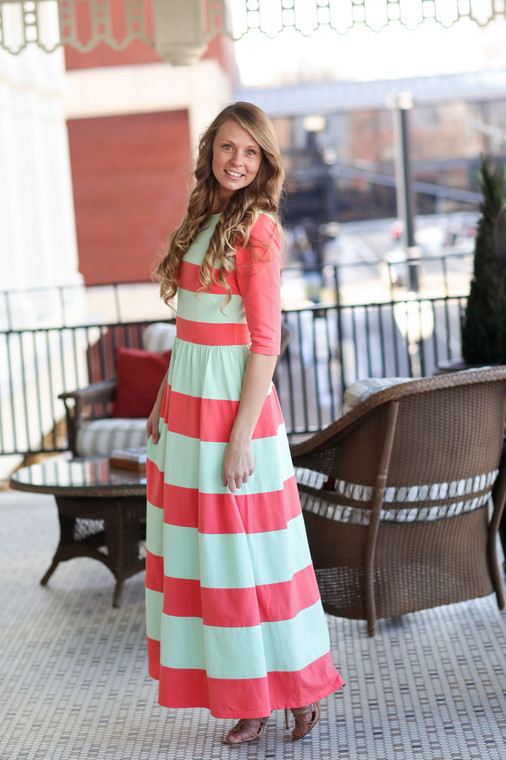 Chic Lady Dress (Mint/Coral)