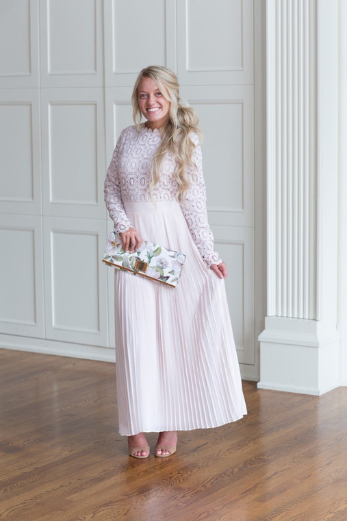 Stroll at the Manor Dress (Dusty Blush)