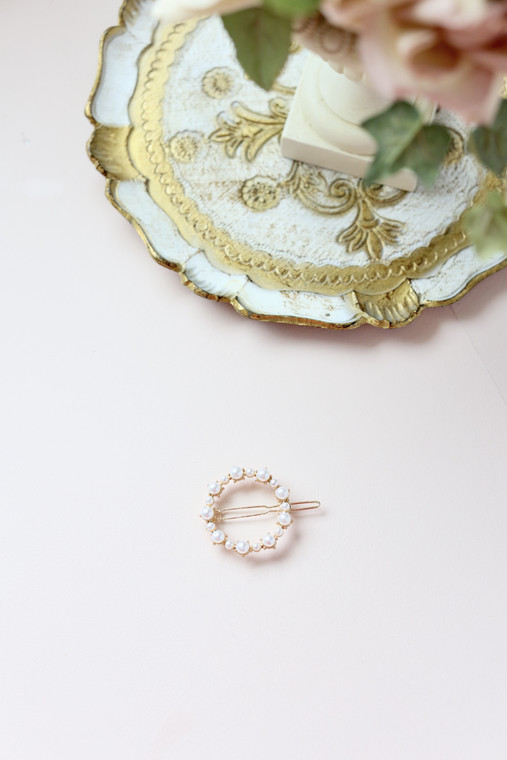 Round Pearl Clip