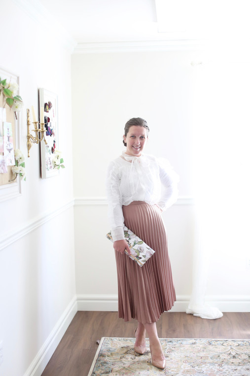 Pretty in Pleats Skirt (2 Colors)