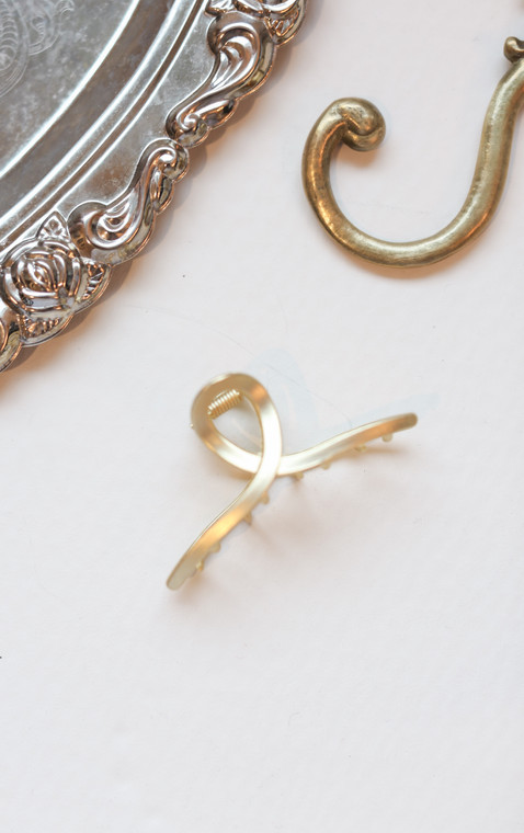 Twisted Gold Hair Clip