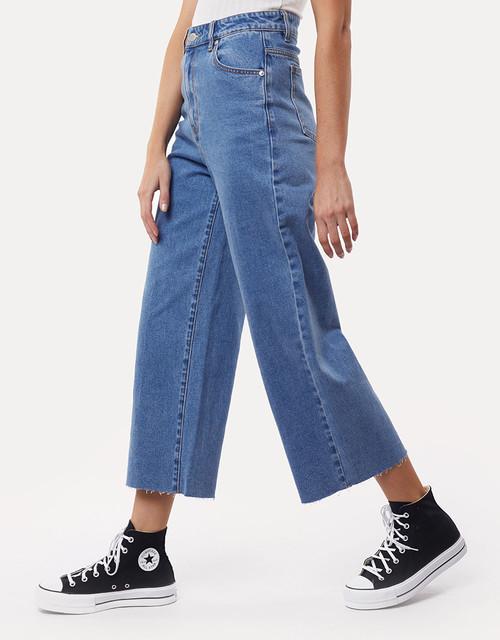 Charlie High Rise Wide Leg Heritage Jean