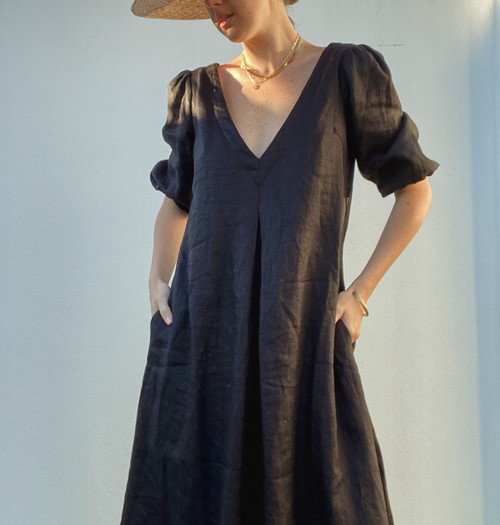 The Dress - In Black