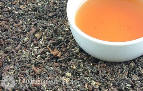 Golden Buddha Oolong Tea Dry Leaf and Liquor