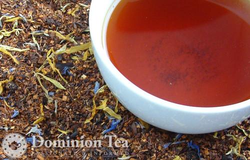 Blueberry Creme Tea Dry Leaf and Liquor