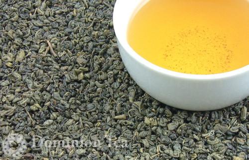Gunpowder Tea Dry Leaf and Liquor