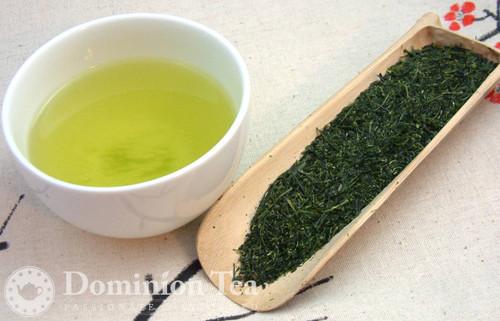 Shincha Dry Leaf and Liquor