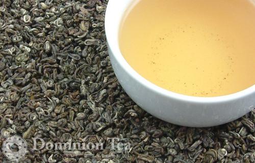 Winter Landscape Tea Dry Leaf and Liquor