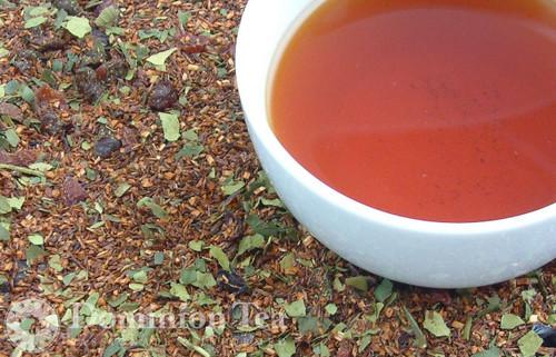 Summer on Cape Cod Tea Dry Leaf and Liquor