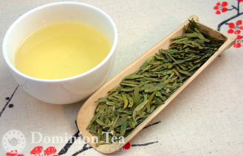 Dragon Well 1st Grade Pre-Qing Ming Tea Dry Leaf and Liquor