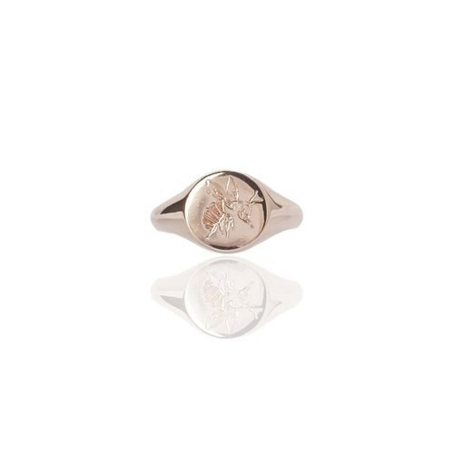 Engraved Bee Signet Ring, rose gold, small