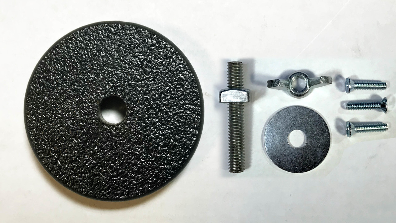 Hardware and Center Puck that come with the Circle Jig
