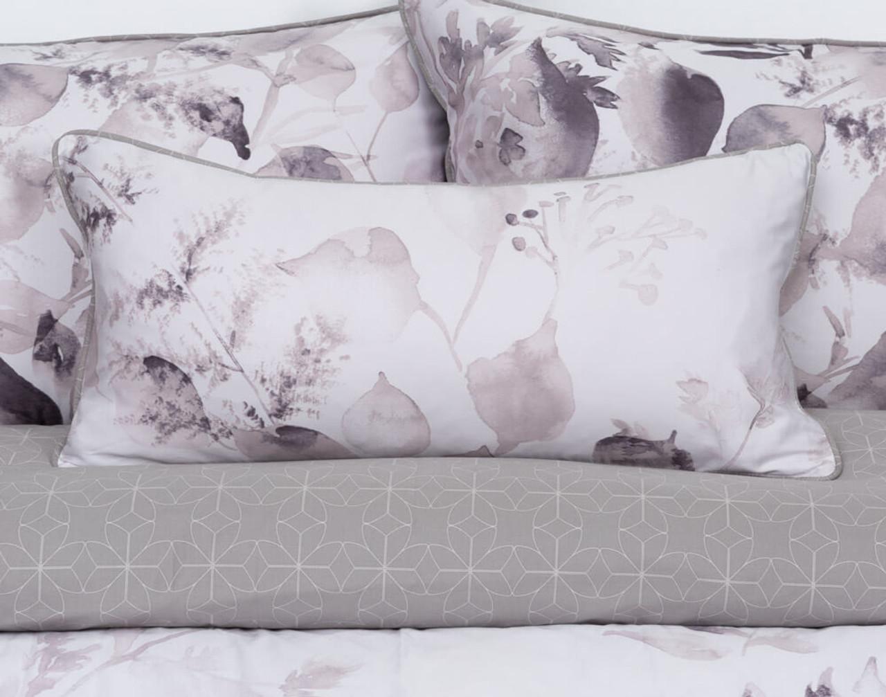 Laurel Boudoir Pillow Cover