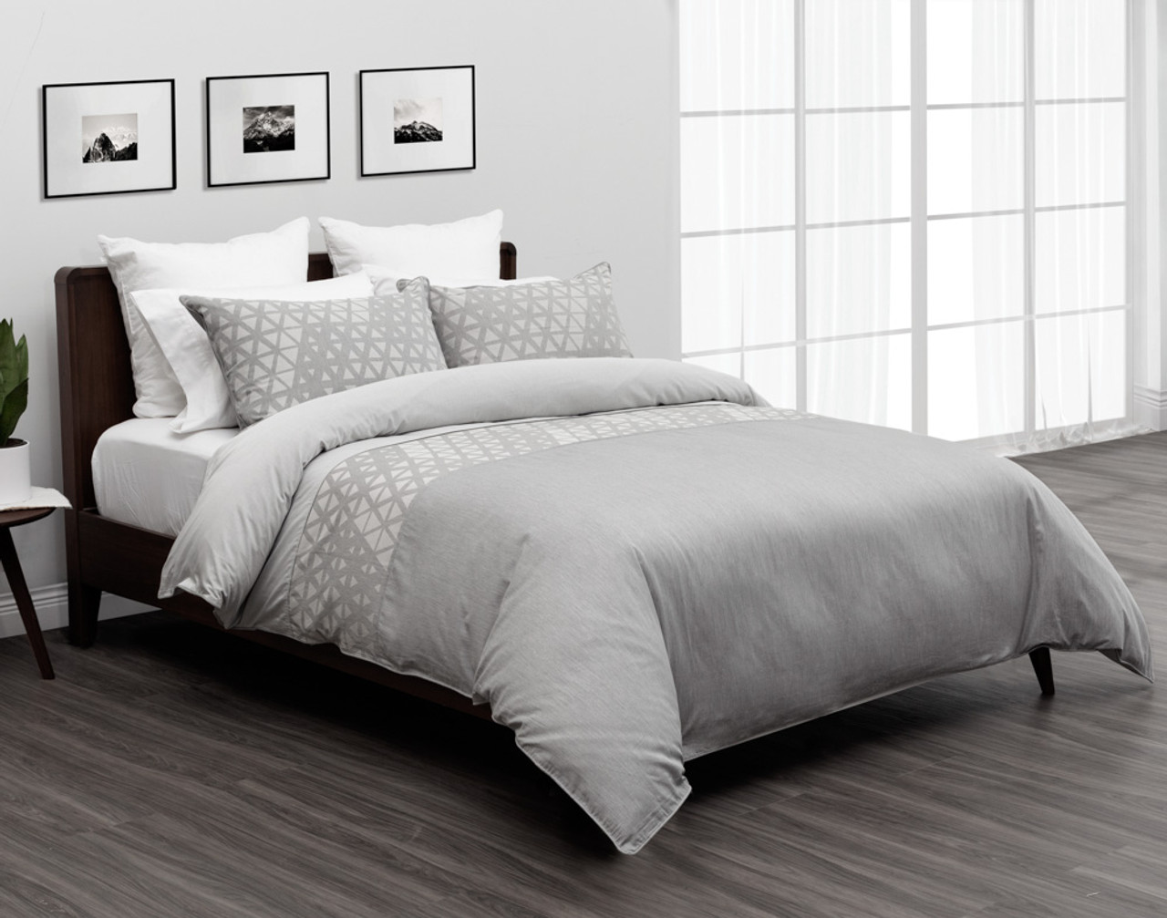 Theo Bedding Collection