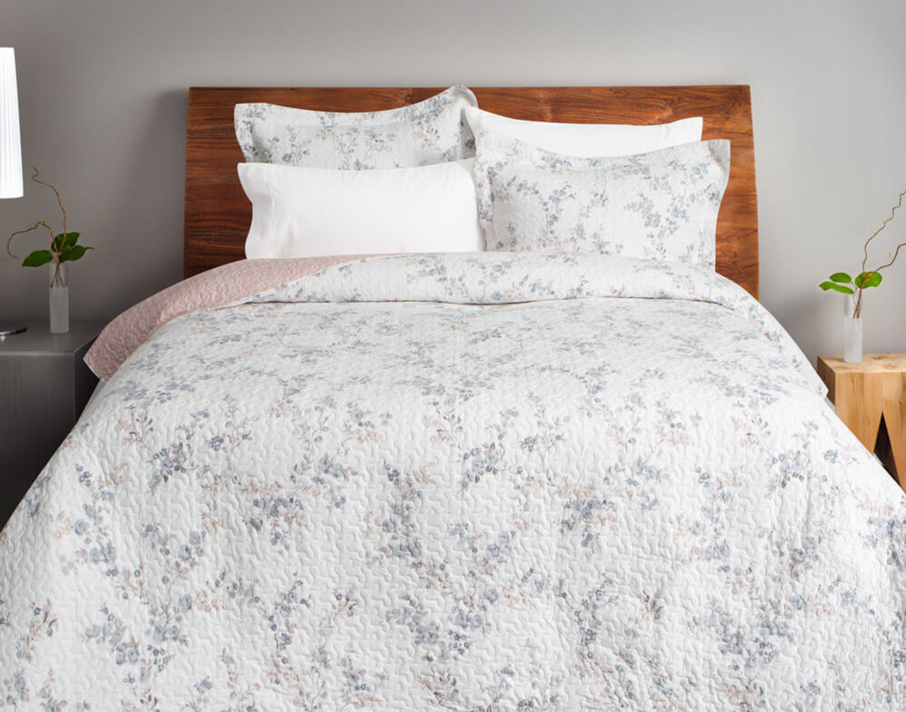 Front view of the Annalise Cotton Quilt Set and coordinating pillow shams.