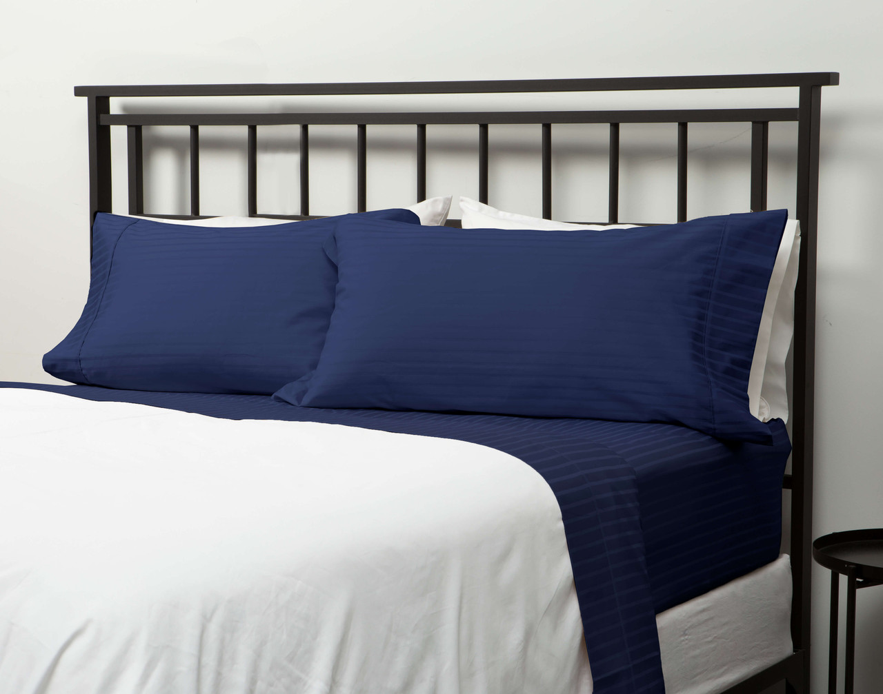 450TC Wrinkle Resistant Egyptian Cotton California King Sheet Set in Navy Blue