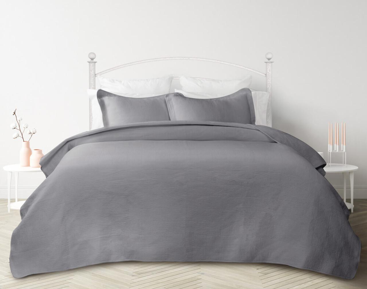 Kenzie Cotton Quilt Set in Sleet Grey
